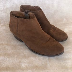 Soda Brown Booties Size 6.5
